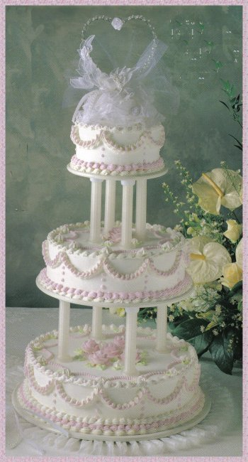 stacking wedding cakes without pillars splendor bc 22 cake serves 134 with serving top layer 20479